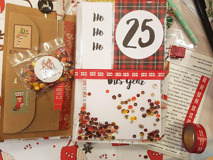 Christmas planner shaker dashboard using scrapbook paper from Mrs Brimbles - Kerrymay._.Makes
